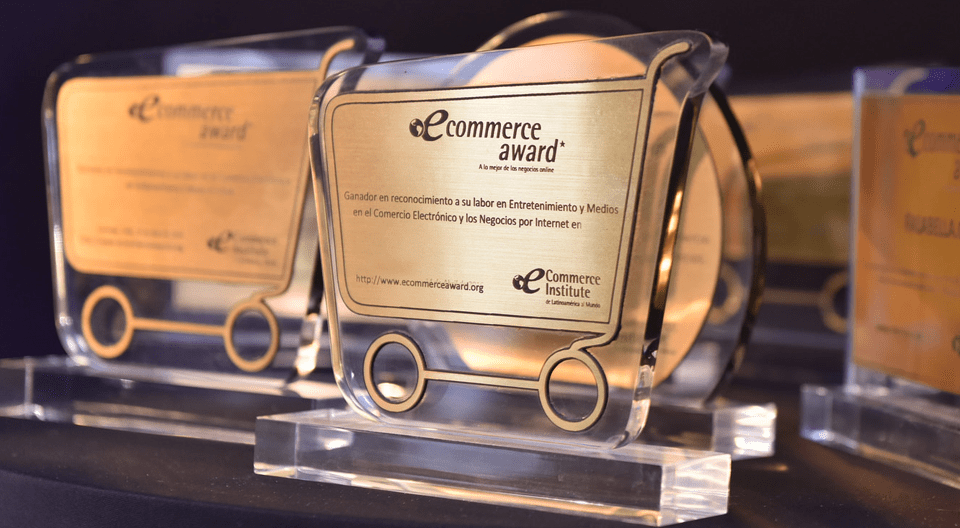 trofeo de tumisoft por q la cámara de comercio de Lima